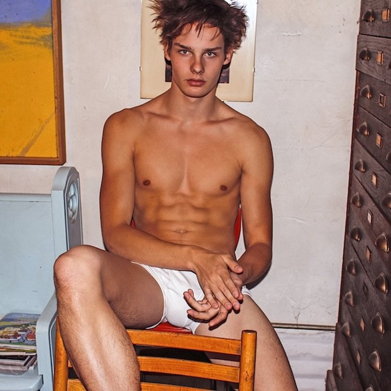 OUT ONLINE Ryan Frederick by Joseph Lally. Julien Sauvalle, Spring 2016, www.imageamplified.com, Image Amplified (2)