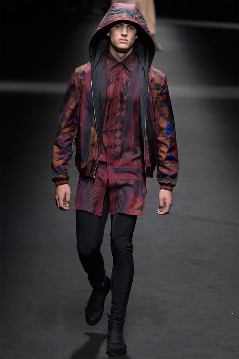 MILAN FASHION WEEK Versace Spring 2017. www.imageamplified.com, Image Amplified (11)