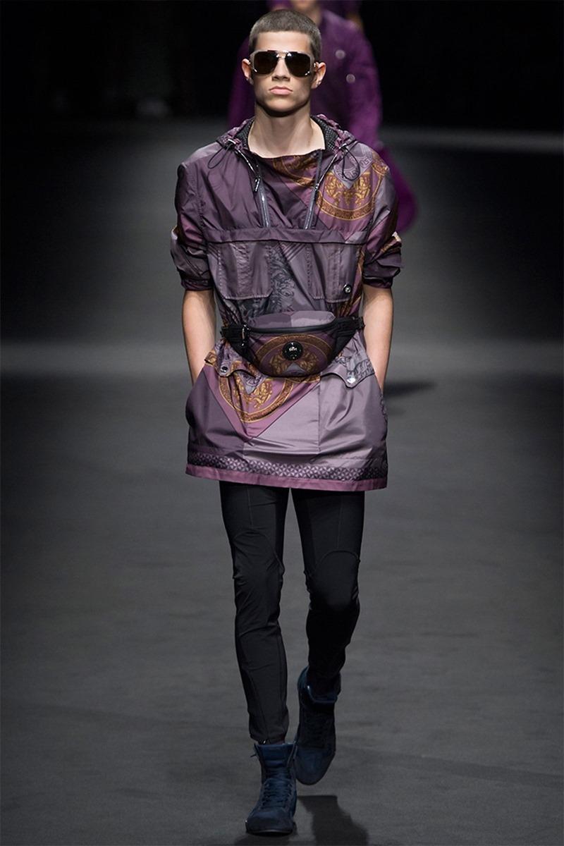 MILAN FASHION WEEK Versace Spring 2017. www.imageamplified.com, Image Amplified (19)