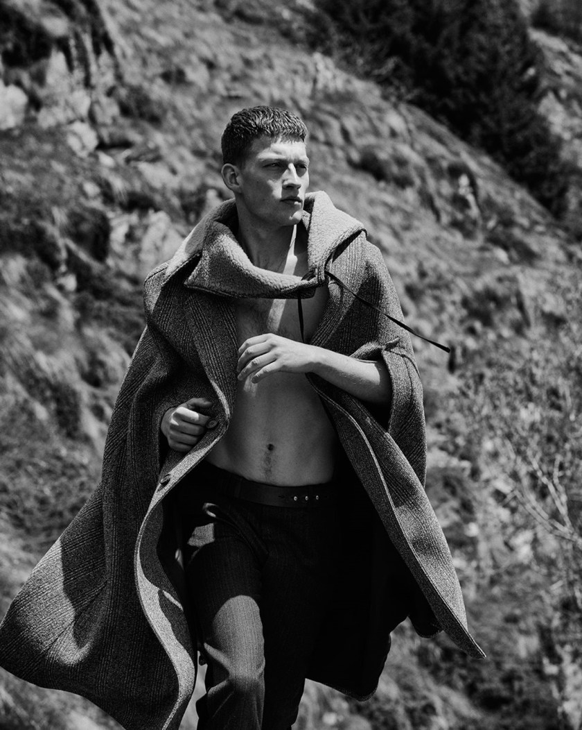 ESSENTIAL HOMME Bastian Thiery by Cyrill Matter. Fall 2016, www.imageamplified.com, Image Amplified (9)
