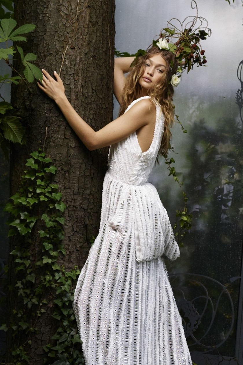 HARPER'S BAZAAR MAGAZINE Gigi hadid by Karl Lagerfeld. October 2016, www.imageamplified.com, Image Amplified (6)