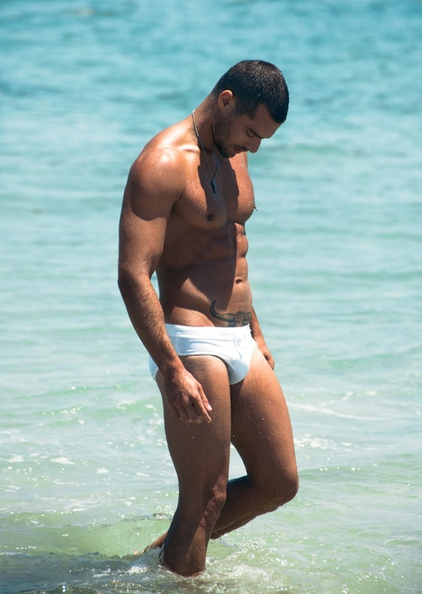 MASCULINE DOSAGE Goncalo Teixeira by Ricardo Santos. Summer 2016, www.imageamplified.com, Image Amplified (2)