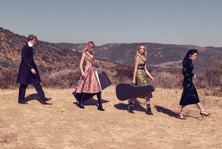 C MAGAZINE Pyper America Smith, Sarlie, Daisy Clementine & Lucky Blue Smith by Mary McCartney. Alison Edmond, Fall 2016, www.imageamplified.com, Image Amplified (4)