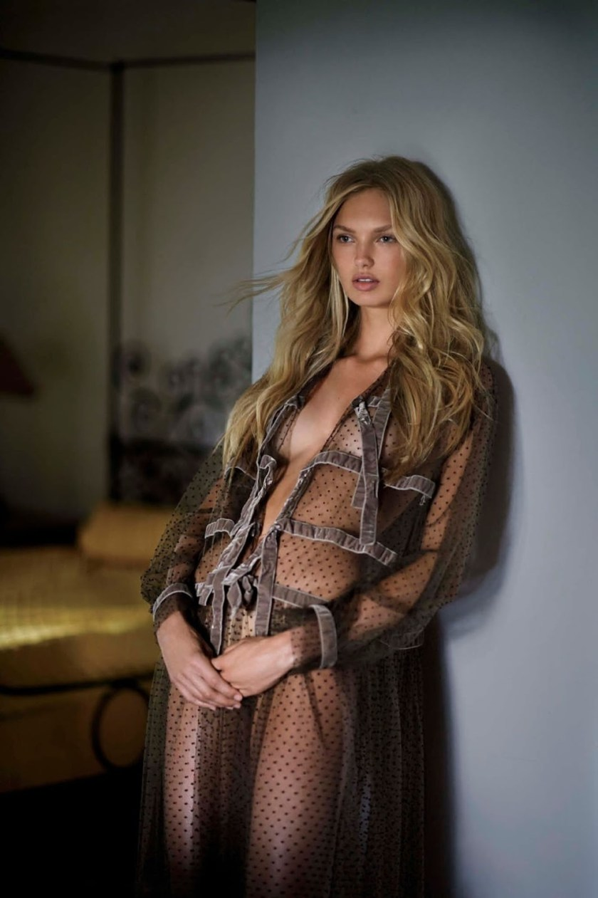 MAXIM MAGAZINE Romee Strijd by Gilles Bensimon. Caroline Christiansson, October 2016, www.imageamplified.com, Image Amplified1