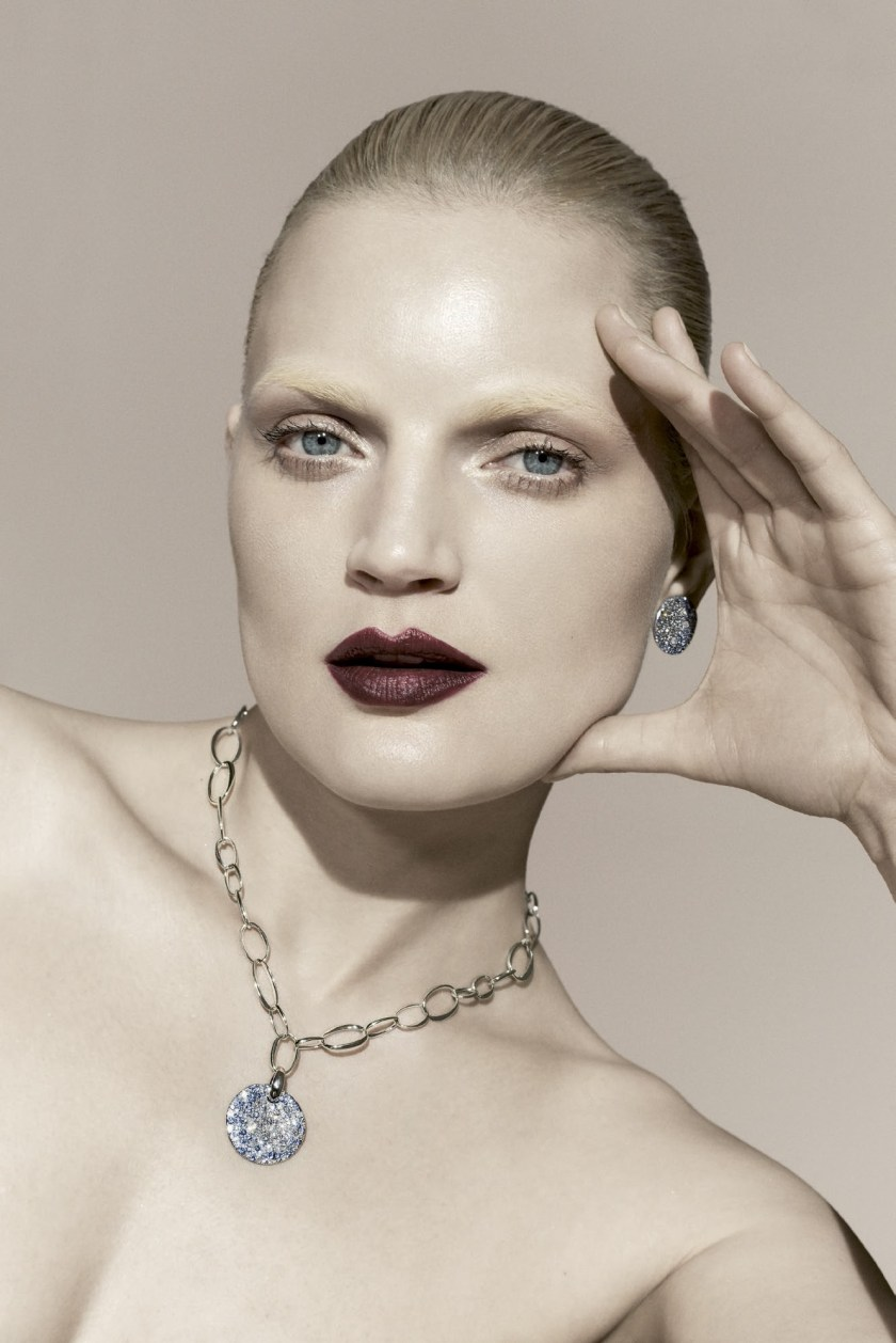 BERGDORF GOODMAN MAGAZINE Guinevere van Seenus by Sanchez & Mongiello. Resort 2017, www.imageamplified.com, Image Amplified7