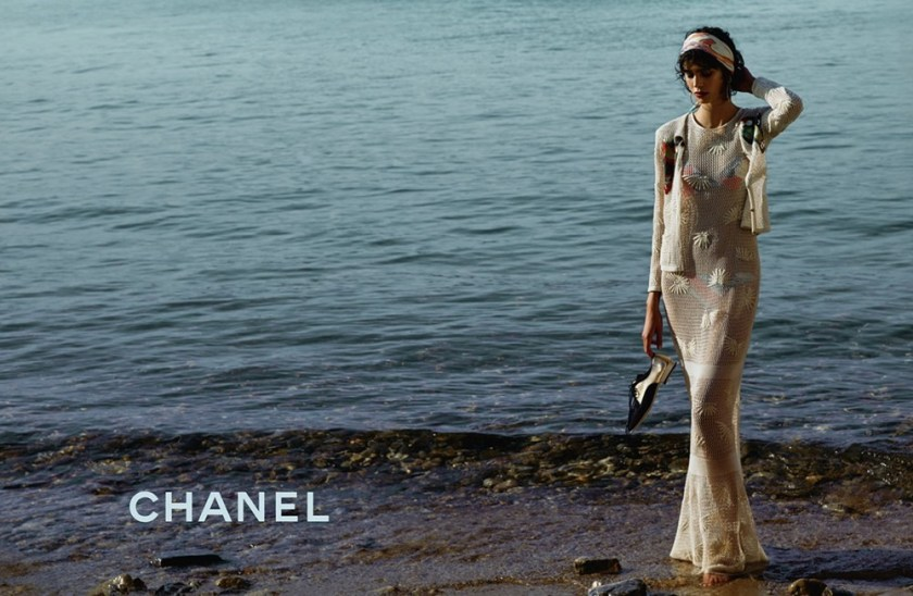 CAMPAIGN Stella Tennant & Mica Arganaraz for Chanel Cruise 2017 by Karl Lagerfeld. www.imageamplified.com, Image Amplified (2)
