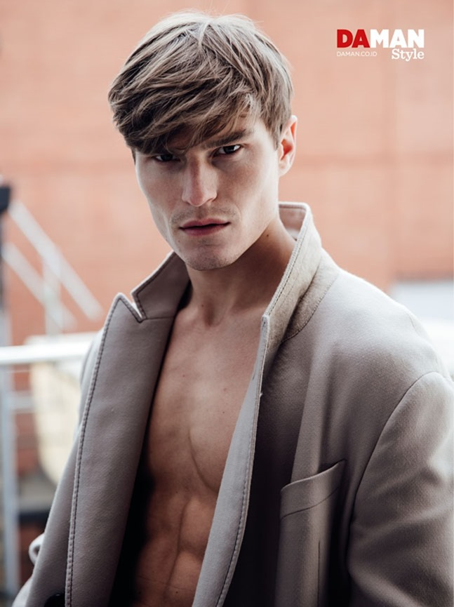 DAMAN MAGAZINE Oliver Cheshire by Mitchell Nguyen McCormack. Fall 2016, www.imageamplified.com, Image Amplified (12)