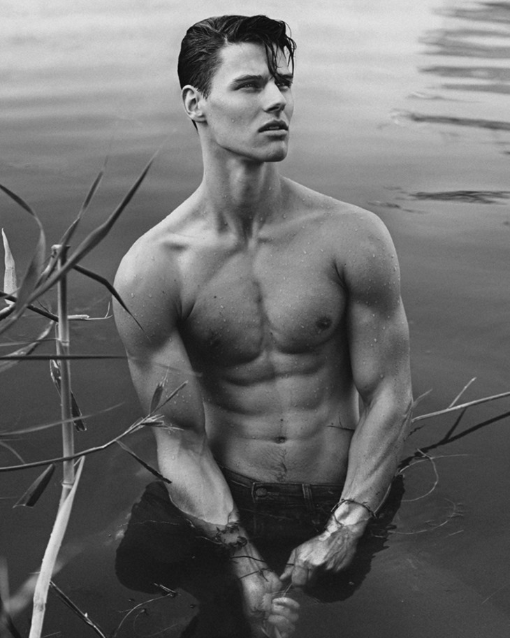 MASCULINE DOSAGE Eric Bergmann by Kosmas Pavlos. Fall 2016, www.imageamplified.com, Image Amplified (2)