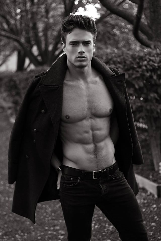 MASCULINE DOSAGE Marcin Michal Stasiowski by Thomas Synnamon. Fall 2016, www.imageamplified.com, Image Amplified5