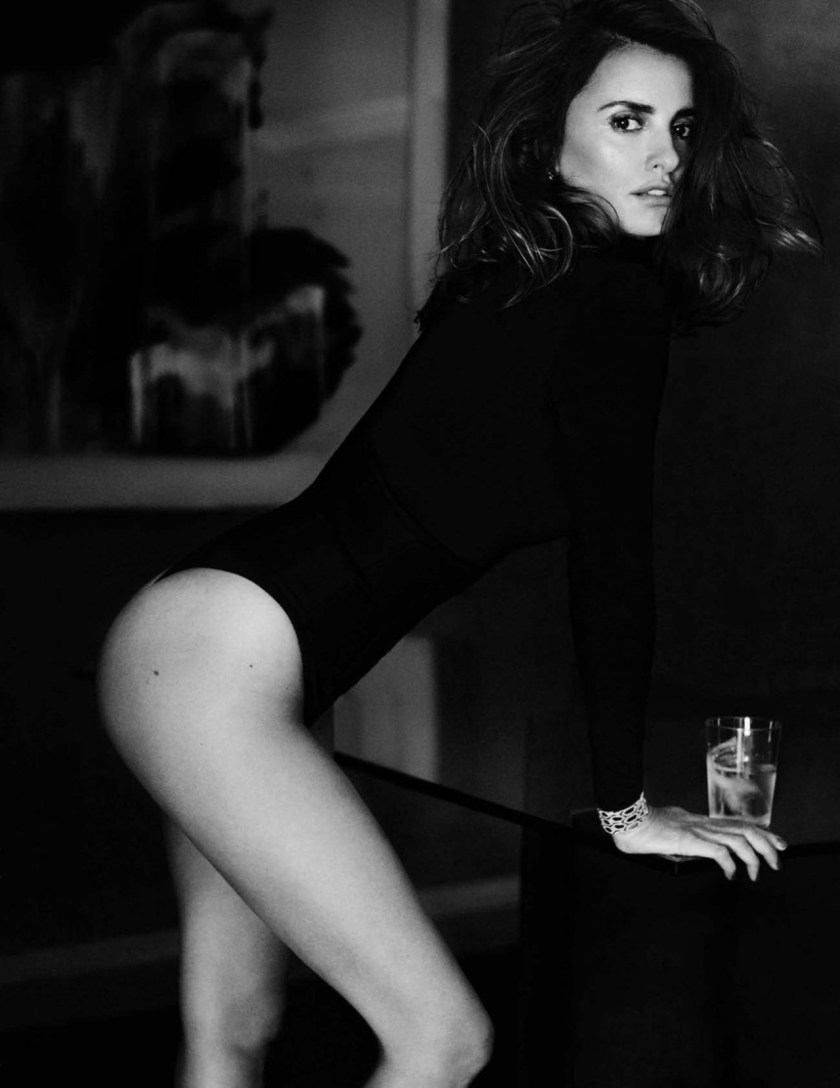 VOGUE SPAIN Penelope Cruz by Mario Testino. Anastasia Barbieri, December 2016, www.imageamplified.com, Image Amplified10
