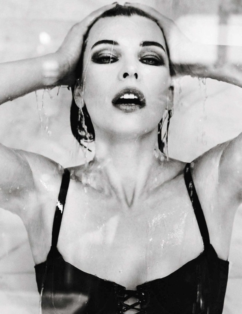VANITY FAIR ITALIA Milla Jovovich by Ellen von Unworthy. Gaelle Bon, December 2016, www.imageamplified.com, Image Amplified5