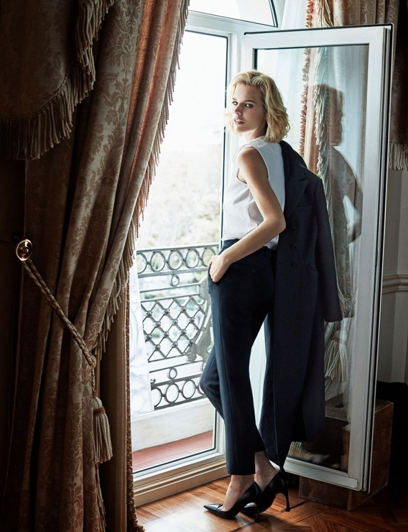 ELLE SPAIN Eva Herzigova by Xavi Gordo. Babi Garralda, February 2017, www.imageamplified.com, Image Amplified11
