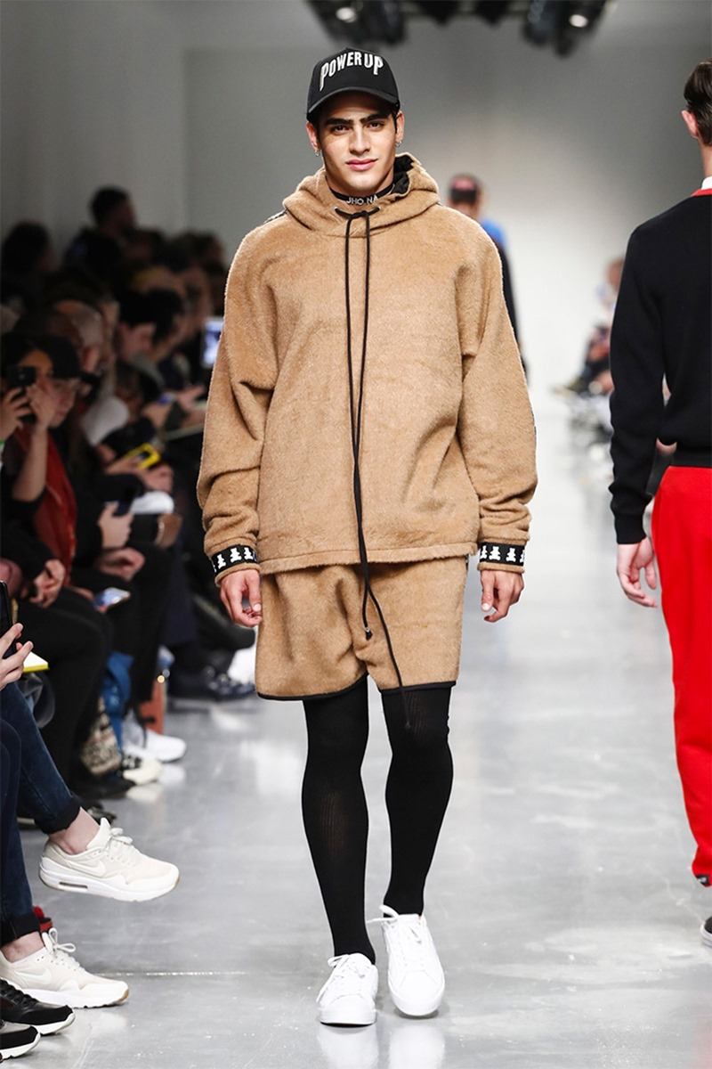 LONDON COLLECTIONS MEN Bobby Abley Fall 2017. www.imageamplified.com, image Amplified2
