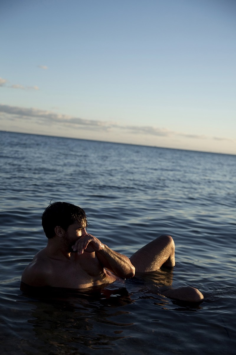 MASCULINE DOSAGE Guys by the Sea by Ricky Cohete. January 2017, www.imageamplified.com, Image Amplified6