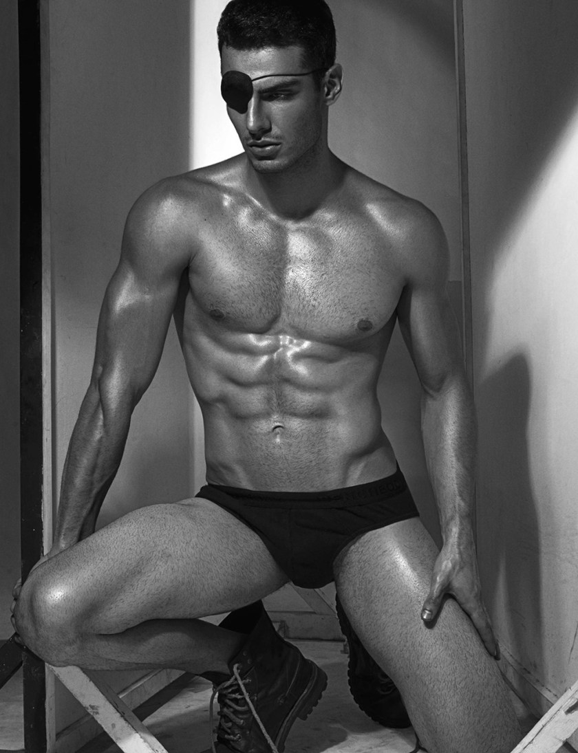 MASCULINE DOSAGE Rodolfo Rodrigues Silva by Manny Fontanilla. Spring 2017, www.imageamplified.com, Image amplified4