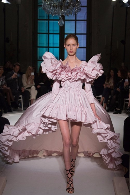 PARIS HAUTE COUTURE Giambattista Valli Couture Spring 2017. www.imageamplified.com, Image Amplified28