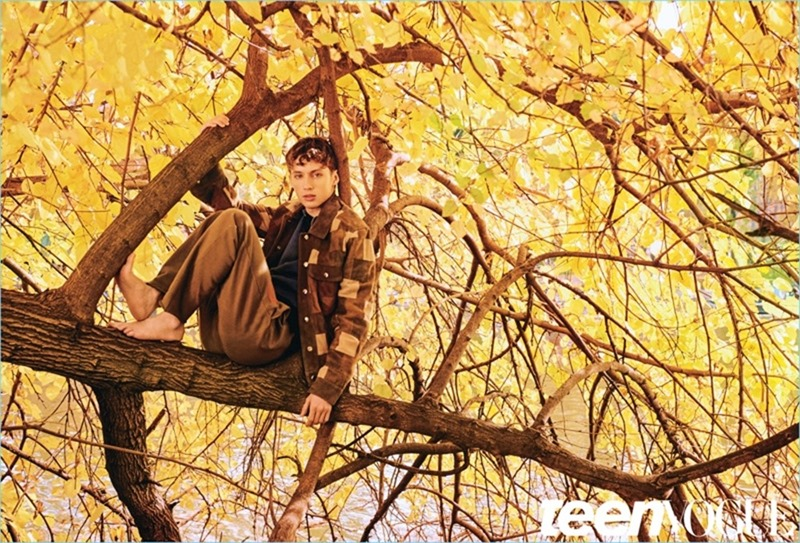 TEEN VOGUE Troye Sivan by Ryan McGinley. Tom Guinness, Spring 2017, www.imageamplified.com, Image Amplified10