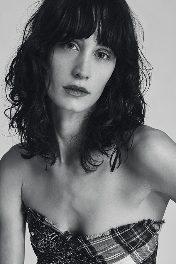 VEIN MAGAZINE Helena Prestes by Roberta Ungaro. February 2017, www.imageamplified.com, Image Amplified1