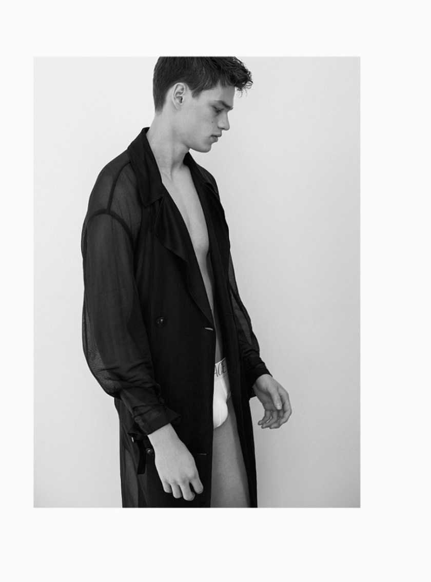 H MAGAZINE Filip Hrivnak by Frederico Martins. Giorgio Ammirabile, Summer 2017, www.imageamplified.com, Image Amplified4