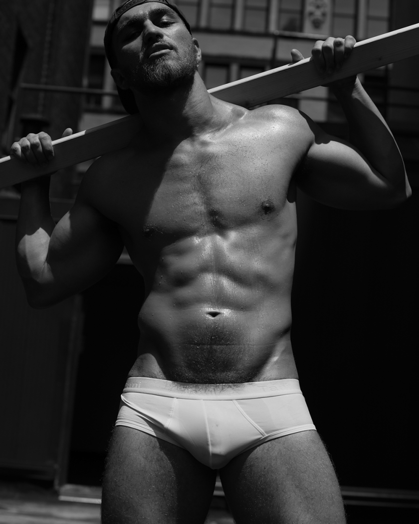 MASCULINE DOSAGE Nikolas K. by Marco Ovando. Summer 2017, www.imageamplified.com, Image Amplified2