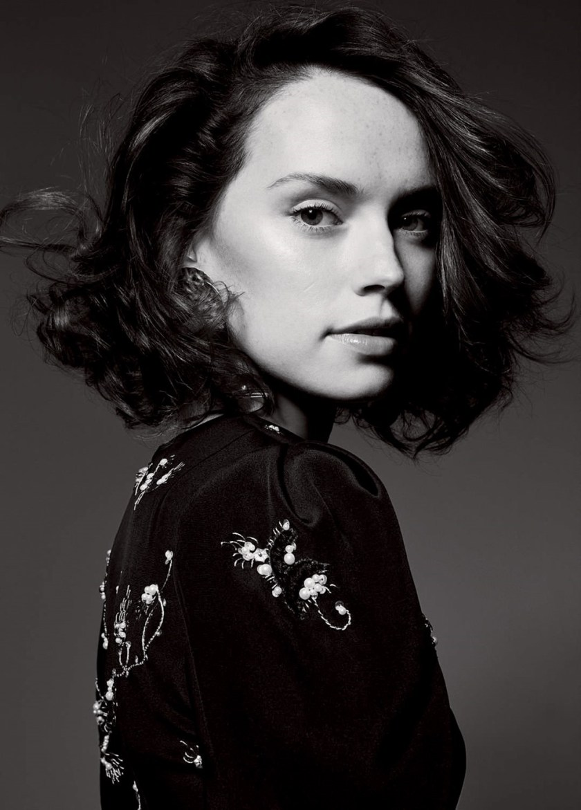 ELLE UK Daisy Ridley by Liz Collins. Anne-Marie Curtis, December 2017, www.imageamplified.com, Image Amplified9