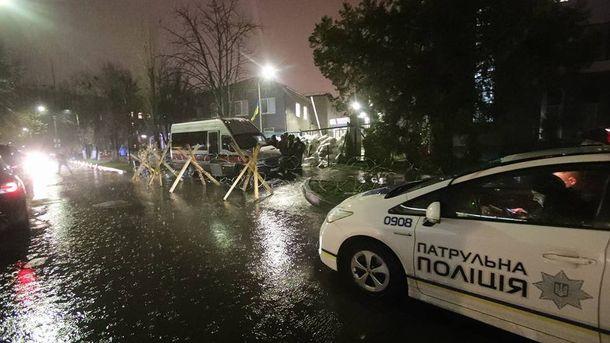Блокування телеканалу NewsOne у Києві