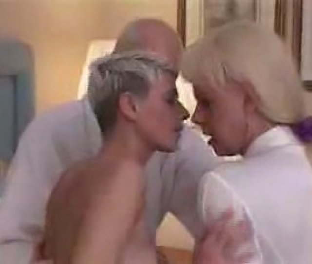 Category Threesome Shemale Porn Popular 1 Mom Dad And A Shemale Fucking