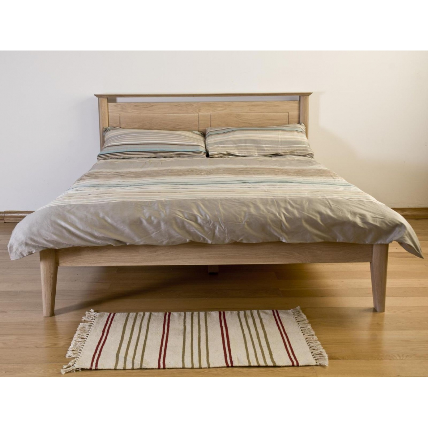 Kemble Solid Oak Furniture 5 King Size Bed
