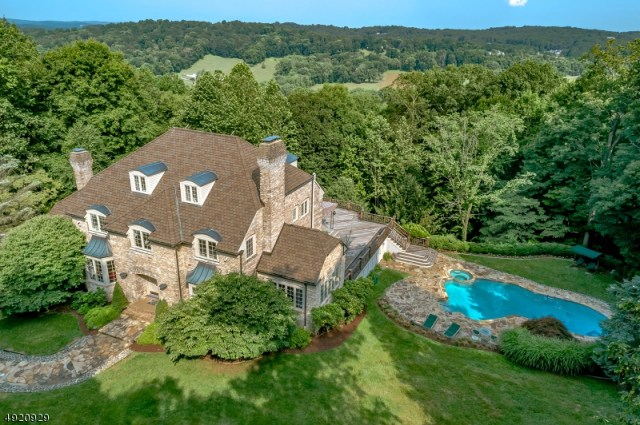 Property for sale at 87 Skyline Dr, Bernardsville Boro,  New Jersey 07924