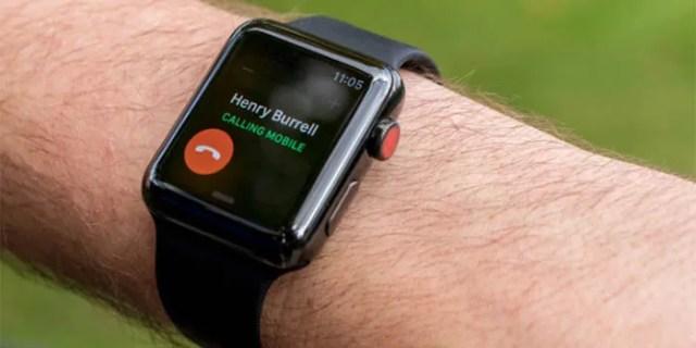 Apple Watch Series 3 recibiendo una llamada
