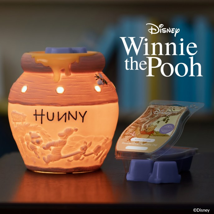 Hunny Pot – Scentsy Warmer and Hundred Acre Wood – Scentsy Bar.