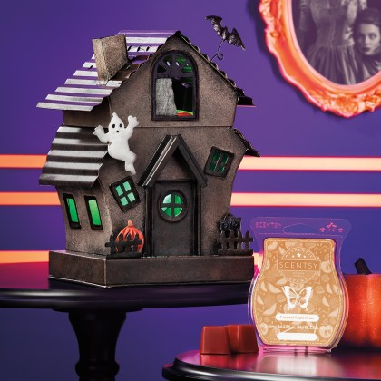 Scentsy Halloween Warmer Sept 2019