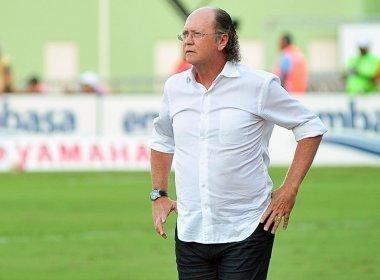 Paulo Roberto Falcão volta mais uma vez e assume o comando do Internacional