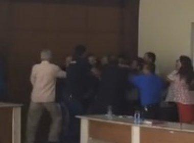 Jacobina: Vereadores 'trocam tapas' em sessão da Câmara