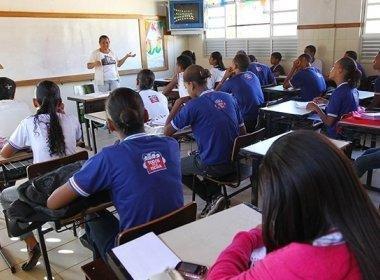 Isidório diz que Plano de Educação quer 'botar viadagem pra discutir nas escolas'; SEC rebate