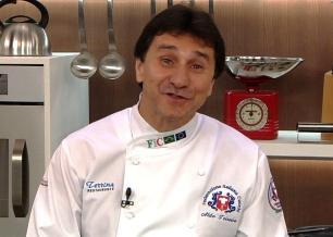O chef Aldo Teixeira ensina duas receitas clássicas / foto: divulgação