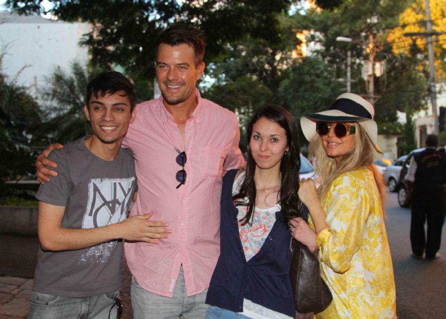 Fergie e Josh Duhamel em SP / Thiago Duran/AgNews