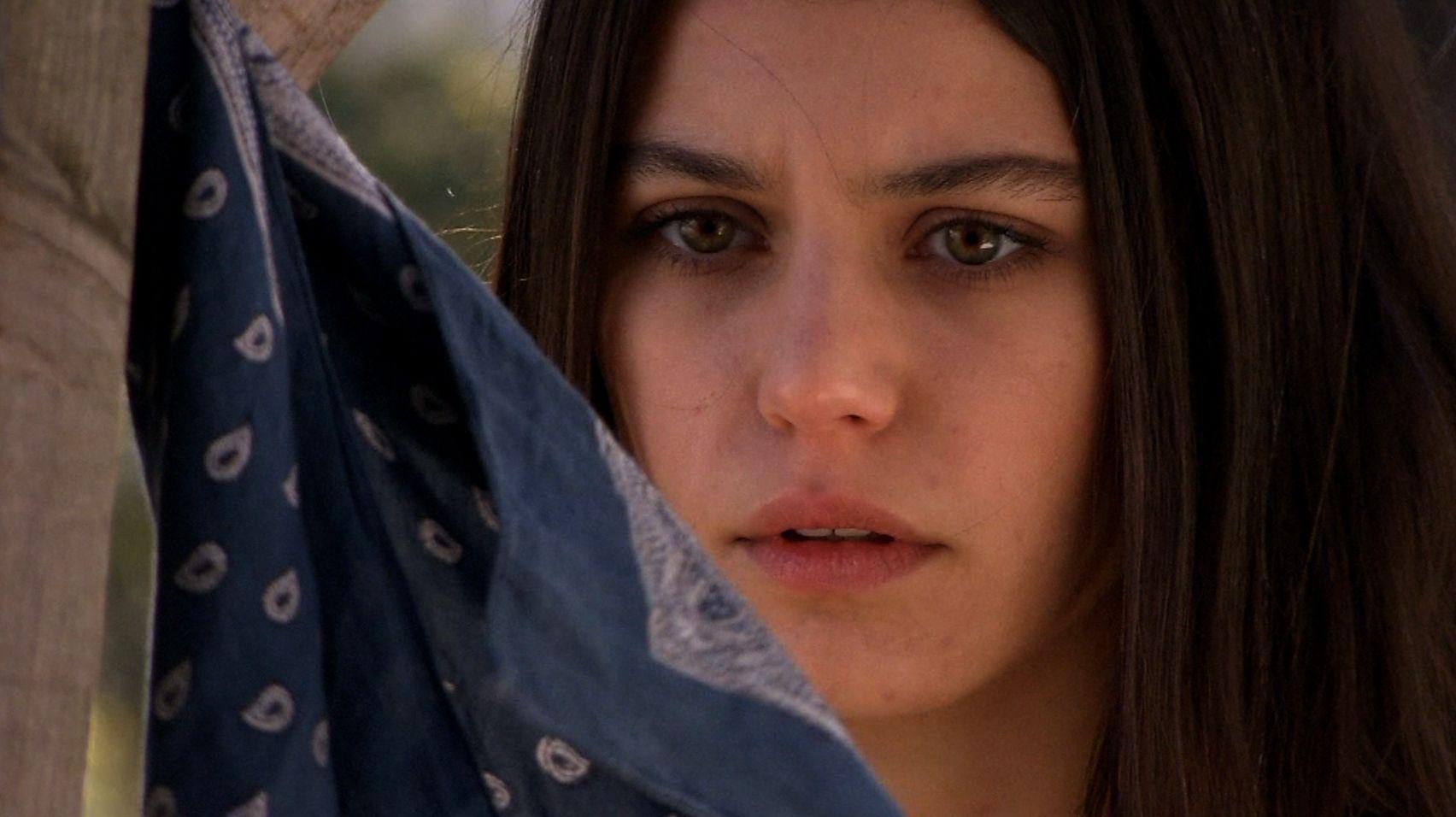 Beren Saat interpreta a meiga Fatmagül na trama / Divulgação - Band