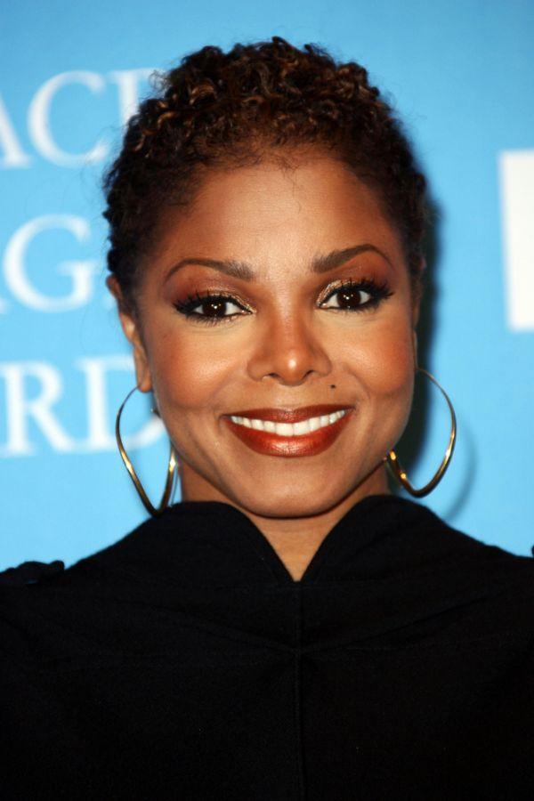 Janet Jackson se prepara para vir ao Brasil / Entertainment Press/Shutterstock.com