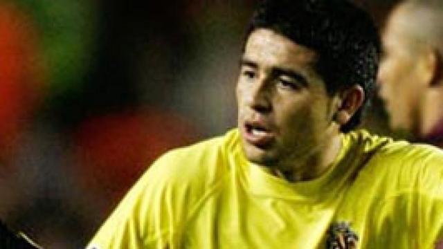 """Pellegrini 'se carga' a Riquelme por """"decisión técnica"""""""