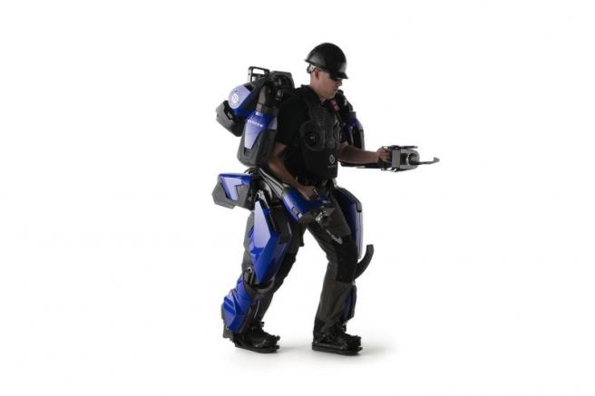 Este es uno de los primeros exoesqueletos de cuerpo completo disponibles comercialmente ($ 8.500 alquiler mensual).