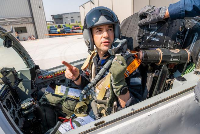 Jared Isaacman durante los entrenamientos para la misión Inspiration4.