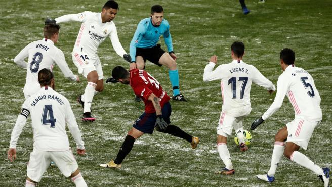 El Real Madrid resbala en la nieve de El Sadar contra Osasuna