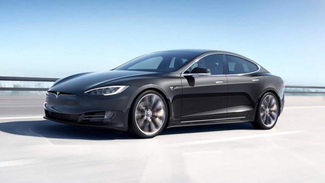 Hasta el momento es el gran dominador del mercado en cuanto a autonomía, ya que consigue 600 kilómetros. Este modelo se remonta al año 2012 y es uno de los buques insignias de la compañía.