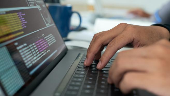 El mercado laboral necesita perfiles TIC que satisfagan la demanda de las empresas.