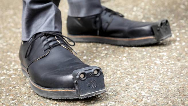 Tec-Innovation ya vendía unos zapatos para invidentes llamados Innomake.
