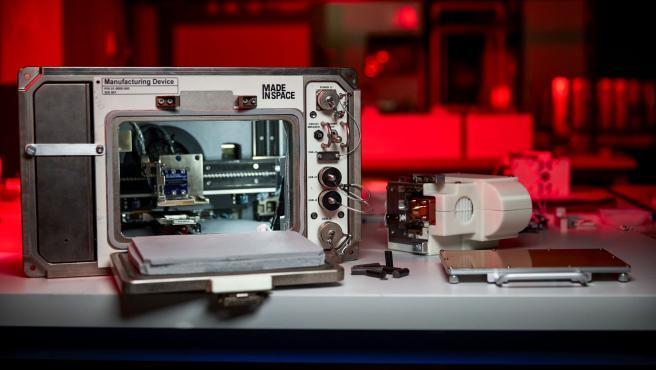 La primera impresora 3D con la que los astronautas podrán imprimir materiales.