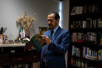 Rogelio Ortega at his office in Acapulco (Guerrero), on May 6, 2021.