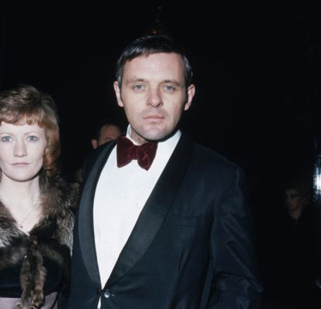 El actor Anthony Hopkins acude a los premios SF&TV (posteriormente llamados BAFTA) en el Royal Albert Hall in London. Era el año 1973.