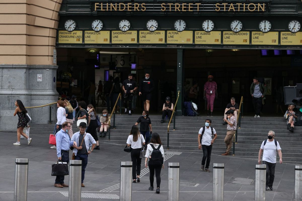 Viandantes en la estación Flinders Street en Melbourne el 4 de febrero.